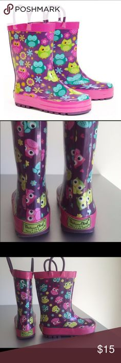 Western Chief Owl Rain Boots Western Chief Rain Boots in Owl Print. Waterproof, all-natural rubber upper. Lightly treaded rubber outsole. Moisture absorbant lining. Removable insole. Rubber pull loops for easy on and off. This item was only worn twice and is in Excellent Condition. Western Chief Shoes Rain & Snow Boots