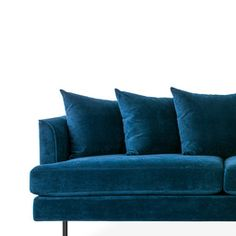 The Margot Sofa is an elegant modern sofa, with graceful arms, French-seam piping details, and scatter back cushions that give a look which is both timeless and contemporary. This modern sofa ships wi