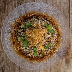 """Here's another take on vegetable lo mein we call """"faux mein"""" since we use whole wheat spaghetti instead of Asian noodles. Veg Recipes, Whole Food Recipes, Vegetarian Recipes, Vegan Meals, Dinner Party Recipes, Dinner Ideas, Vegetable Lo Mein, Vegan Meal Plans, Happy Foods"""