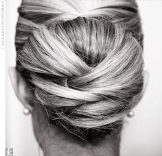 Bun with texture. A bit more interesting and softer than the calssic bun.