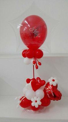 Balloon Crafts, Balloon Gift, Balloon Table Centerpieces, Balloon Decorations, Valentines Balloons, Valentines Day Decorations, Valentine Baskets, Valentine Crafts, Balloon Bouquet