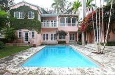Beautiful Old Spanish home in Coconut Grove.