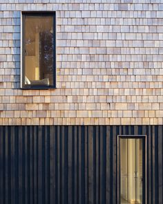 Image 12 of 27 from gallery of Lane End House / PAD studio. Photograph by Richard Chivers Black Cladding, Timber Cladding, Exterior Cladding, Architectural Materials, Architectural Shingles, Facade Architecture, Residential Architecture, Isolation Facade, House Cladding