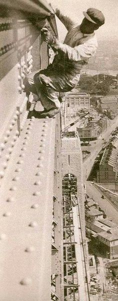 Painting the Sydney Harbour Bridge (year unknown). But it was before Workplace Health and Safety became the force that it now is.