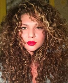 Top 5 Cutting Tips for Curly Hair Have Curly Hair, Read Hair Cutting Tips >> http://bit.ly/1CluD3C #haircutting #onychairguide #curlyhair