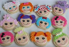 - Lalaloopsy Dollhead Cookies, this tutorial was very helpful. http://www.sweetsugarbelle.com/2012/09/lalaloopsy-cookies-with-a-pumpkin-cutter/