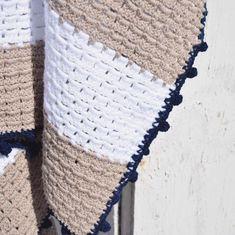 STOERE stranddeken haken..! - Happy Handmade living Cozy Blankets, Knitted Blankets, Crochet Home, Diy Crochet, Modern Crochet Blanket, Crochet Patterns, Crochet Afghans, Quilts, Knitting