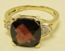SOLID 14K YELLOW GOLD CUSHION CUT GARNET RING FACETED DIAMOND ACCENTS SIZE 7.5