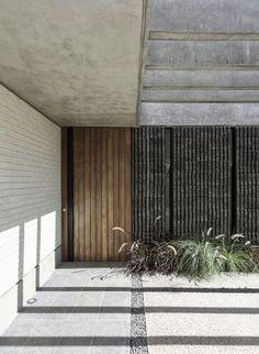Galería de Casa Zirahuén / Intersticial Arquitectura - 25