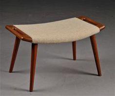 Lot: 2865184 Hans J. Wegner. Stool for the 'Papa Bear' chair, model AP29, teak