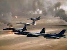 Aviones de combate en acción.