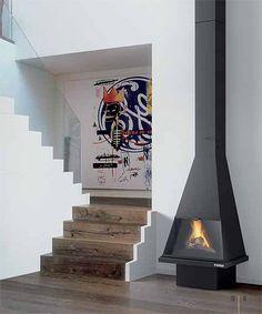 El modelo Cerdanya permite disfrutar del fuego en cualquier espacio del hogar, dotando al mismo de un toque de diseño y calidez.    Rendimiento: 78%  Altura: 2550-2700 mm  Dim: 650 x 475 mm. Marca Traforart