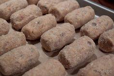 Recept voor het maken van pulled pork kroketten. Variant op de garnalenkroketten van Holtkamp met pulled pork van de barbecue als vulling.