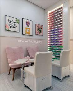 Nail Salon Design, Nail Salon Decor, Salon Interior Design, Bar Interior, Shop Interiors, Office Interiors, Nail Room, Nail Designer, Glam Room
