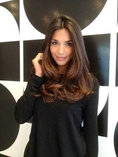 Beautiful medium-long hair models inspire you - Haar - Cheveux Medium Long Hair, Long Hair Cuts, Medium Hair Styles, Curly Hair Styles, Brown Layered Hair, Mid Length Hair With Layers, Updo Curly, Medium Length Hair With Layers, Hair Layers
