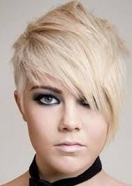 2015 comes up with some new exciting hairstyles that can you excited and pumped up for the new year in style. 2015 hairstyles can be termed as dream looks for women Short Sassy Haircuts, Cool Short Hairstyles, 2015 Hairstyles, Haircuts For Long Hair, Short Hair Cuts, Teenage Hairstyles, Short Asymmetrical Haircut, Asymmetrical Hairstyles, Hair Styles 2014