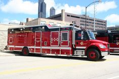 Chicago Fire Department, Fire Dept, Ambulance, Fire Prevention, Fire Equipment, Rescue Vehicles, Old Tractors, Automobile, Fire Apparatus