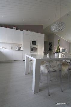Coconut White: Jouluisia keittiökuvia