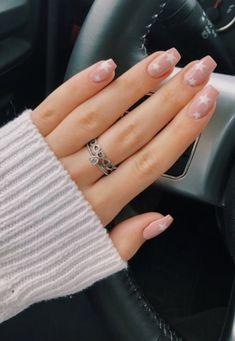 nails pink and white . nails pink and black . nails pink and blue . nails pink and gold Fungal Toenail Treatment, Top Coat Nail Polish, Aycrlic Nails, Coffin Nails, Nail Polishes, Star Nails, Stiletto Nails, Nail Manicure, Long Nails
