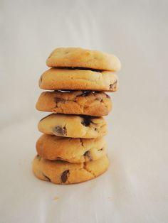 Easy Choc-Chip Cookies Recipe - Fat Mum Slim