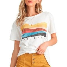 Billabong tee features short sleeves and artwork on the front named Pipe Dream. Summer Outfits, Cute Outfits, Surf Shirt, Surfer Girl Style, Billabong Women, Beach Shirts, Surf Outfit, Grunge Outfits, Aesthetic Clothes