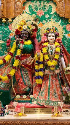 Lord Krishna Wallpapers, Radha Krishna Wallpaper, Krishna Art, Radhe Krishna, Krishna Pictures, Prayer, India, Culture, God