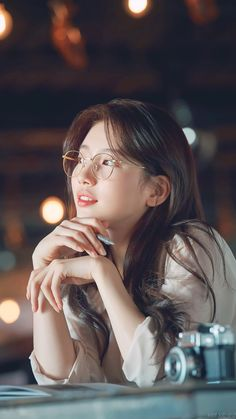 Best Round Glasses for Men and Women in 2019 Ulzzang Korean Girl, Cute Korean Girl, Asian Girl, Korean Girls Names, Glasses For Oval Faces, Miss A Suzy, Cute Asian Babies, Korean Aesthetic, Bae Suzy