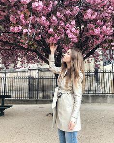 "77f2c854e3b0 Irina Krupovich on Instagram: ""When spring comes to Paris the humblest  mortal alive must feel that he dwells in Paradise! 🌸. . Никогда не видела  ничего ..."