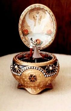 Ana Rosa, Collectable Music Box from Anastasia Anastasia Music Box, Anastasia Broadway, Anastasia 1997, Music Box Ballerina, Anastasia Romanov, Princess Aesthetic, Animation, Snow Globes, Fairy Tales