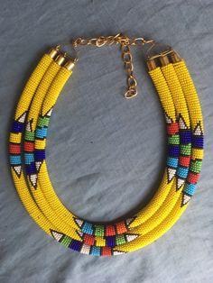 Wholesale beaded bracelets , bracelets with matching earrings , Assorted bracelets and earrings. Cute Necklace, Seed Bead Necklace, Beaded Necklace, Beaded Bracelets, Necklace Ideas, Africa Necklace, African Beads Necklace, Rope Jewelry, Beaded Jewelry