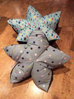 Kissen - Tolles Boden-/Sternenkissen, Origami-Tiere, Punkte - ein Designerstück von Alani11 bei DaWanda