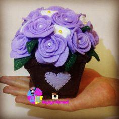 #felt #flower #violet #royayenamadi #گل # نمدی#دکوراسیون #مهران