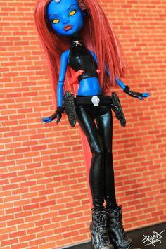 Monster High OOAK Custom Repaint Mistique | eBay