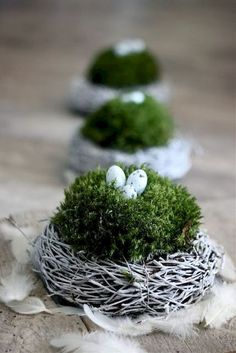 super OSTERN-Ideen great EASTER ideas Related posts: 20 Great Last Minute DIY Easter Decor Ideas Easter crafts with children – 3 unconventional ideas Ideas for Easter Decorations Diy Spring, Spring Crafts, Diy Osterschmuck, Easy Diy, Diy Easter Decorations, Decoration Crafts, Decor Diy, Easter Table, Easter Wreaths