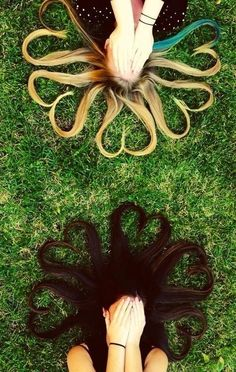 With your hair. | 37 Impossibly Fun Best Friend Photography Ideas @Elisa Christiana