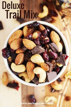 This easy healthy sweet and salty trail mix is perfect for lunch boxes after schools snacks road trips and parties. Dark chocolate chunks make it an extra-special homemade treat kids and the whole family will love! This healthy snack also happens to Healthy Vegan Snacks, Healthy Snacks For Kids, Healthy Recipes, Paleo, Celiac Recipes, Savory Snacks, Healthy Soup, Trail Mix Recipes, Snack Recipes