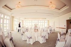 wedding venue Berlin weddingplanner: www.sarahlinow.de Foto: www.fotoakrobaten.de #heiraten #hochzeitslocation #hochzeitamsee #heiratenamsee #weddingberlin