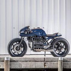@dropmoto Tangled up in blue. BMW K100