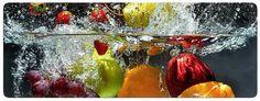 Eine erfrischende Kombination aus Wasser und Obst für ihre Wand: besonders geeignet für ihre Küche. Maße (B/H): 80/30 cm oder 100/40 cm.  Artikeldetails:  Hochwertiges Floatglas, In zwei Größen erhältlich,  Material/Qualität:  Floatglass,  Wissenswertes:  Eleganter, hoch auflösender 3D Effekt für hohe Farbechtheit und Farbsättigung,  ...