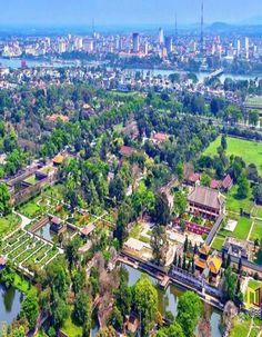 vietnam , hue city ( thua thien hue ) , trungviet kingdom ,palace hue
