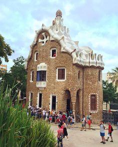 Parc Güell. Barcelona, Spain. 🌟