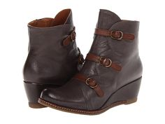 Eric Michael Lena Brown - Zappos.com Free Shipping BOTH Ways