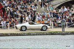 Lamborghini Miura à Chantilly Arts et Elegance #MoteuràSouvenirs Reportage :  http://newsdanciennes.com/2016/09/05/chantilly-arts-et-elegance-2016-creme-creme/ #ClassicCar #VintageCar #Voiture #Ancienne
