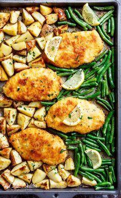 Oven Baked Crispy Sheet Pan Lemon Parmesan Garlic Chicken & Veggies, complete with potatoes and green beans smothered in a garlic butter sauce! - Geschmacklich top! Aber ein wenig zu fettig. Auf jeden Fall auf das Öl achten.