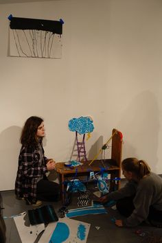 Drawing Into Space: workshop by Melissa P Murray at Cambridge ArtWorks
