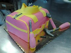 Nice DIY tools for the ladies, pink and yellow bag and matching tools