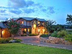 Spicewood estate rental - Welcome to Kahala Sunset Lodge- The Answer for Your Vacation