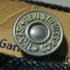 Vtg Levi's 501 1922 deadstock button details