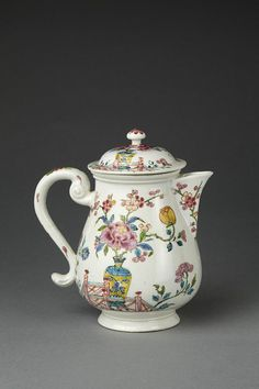 Chocolate pot | Meissen porcelain factory | Germany 1740