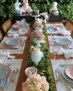 Easter tablescape Tablesetting for Easter